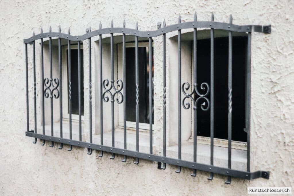 Fenstergitter Einbruchschutz, geschmiedet