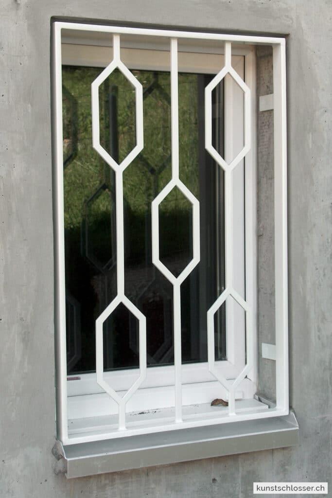 Fenstergitter modern, weiss